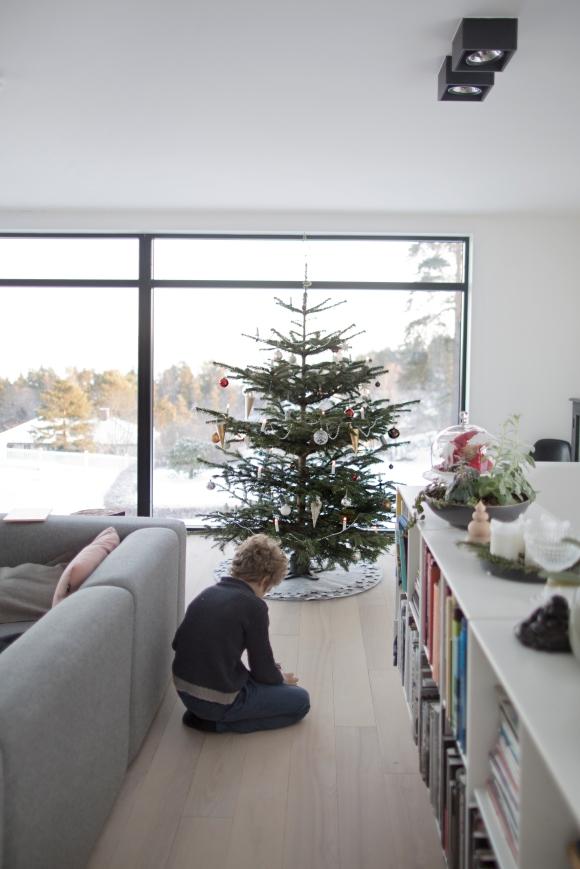1. juledagsfreden blir komplett med det vakreste vinterlandskapet utenfor vinduene.